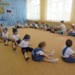 веселый матроский танец с Емелей (вос-ль Кугукова Е.Е)